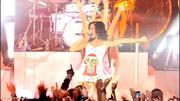 Nov 17, 2010 - Katy Perry - Teenage Dream & Firework - BBC Radio 1's Teen Awards (23 HQ pics) Th_03770_Forum.anhmjn.com_019_122_104lo
