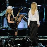 th_02513_Celebutopia-Madonna_and_Britney_Spears_perform_together_during_Madonna9s_Sticky_and_Sweet_tour_in_Los_Angeles-17_122_538lo.jpg