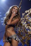 th_02015_Victoria_Secret_Celebrity_City_2007_FS570_123_918lo.jpg