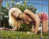 http://img106.imagevenue.com/loc369/th_15424_yksu_2005_gsnowscan_paris_hilton_001_369lo.jpg